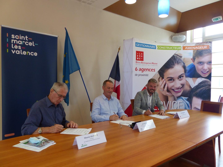 """Signature de la convention """"Veille Bienveillante"""" entre DAH, l'ADMR et le CCAS de St-Marcel-lès-Valence"""