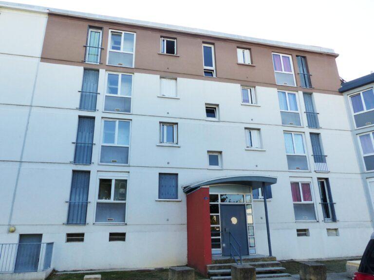 photo_00030-00060-00061-00103_facade.jpg